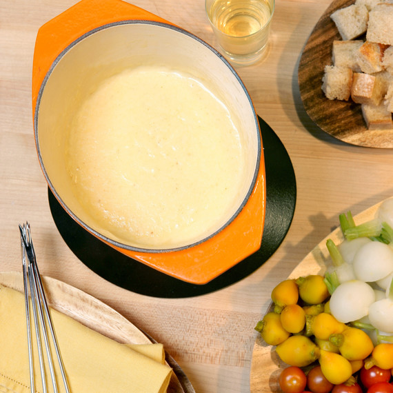 1095_recipe_cheesefondue.jpg